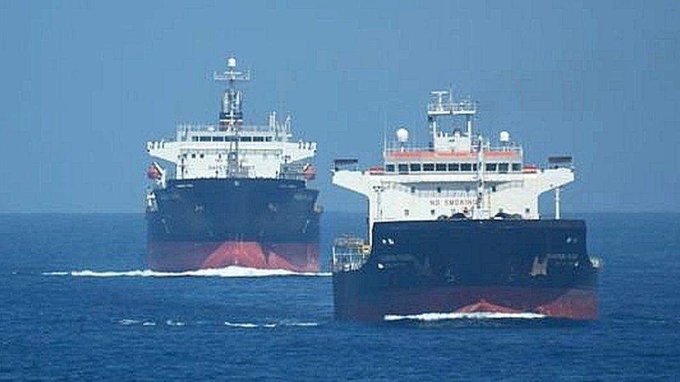 """La """"guerra en la sombra"""" entre buques de Israel e Irán e iraníes que se libra en el golfo de Omán"""