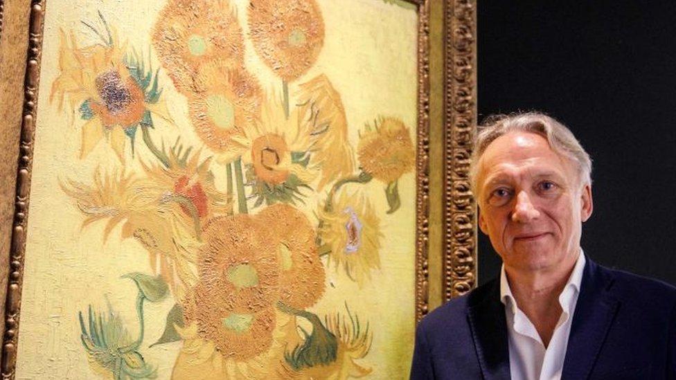 """El descendiente de Vincent van Gogh que ayudó a rescatar el genio del artista: """"Crecí viendo 'Los Girasoles' en mi sala de estar"""""""