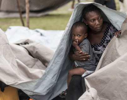 """Terremoto en Haití: """"Estamos abandonados y la gente está desesperada por comida, por algo de ayuda"""""""