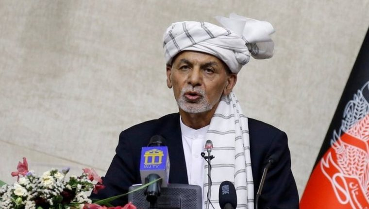 Los Emiratos Árabes Unidos afirman haber acogido a Ghani y su familia por motivos humanitarios.