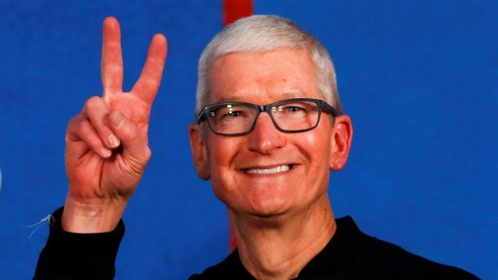 ¿Por qué Apple decidió pagarle US$750 millones de premio a su jefe Tim Cook?