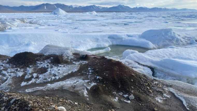 Los científicos dicen que la isla de 60 x 30 m es el punto más cercano de la Tierra al Polo Norte.  Julian Charrière vía Reuters