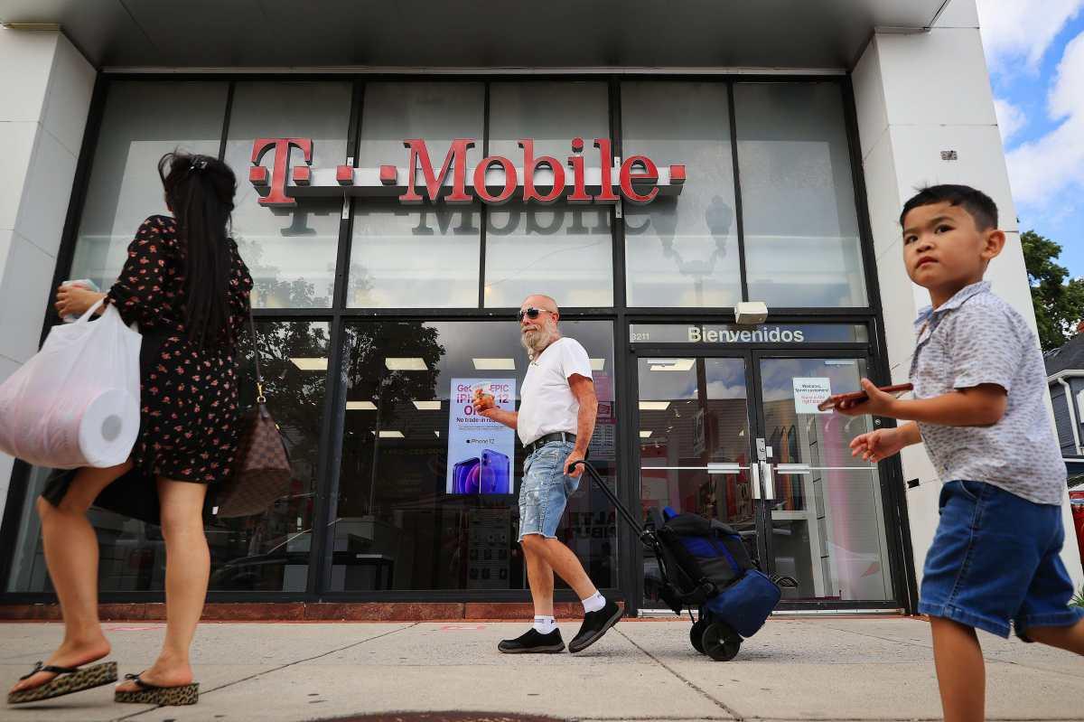 7.8 millones de clientes son afectados por hackeo de datos en T-Mobile de Estados Unidos