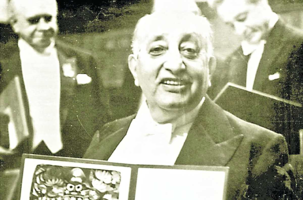 Historia de Guatemala: Asturias recibe el Nobel de Literatura en 1967