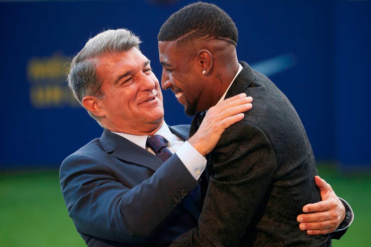 El Barcelona cede a uno de sus refuerzos al Tottenham; Emerson se va por 25 millones de euros a cambio