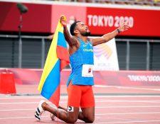Anthony José Zambrano de Colombia ganó la medalla de plata en los 400 metros planos en los Juegos Olímpicos de Tokio 2020. Foto Prensa Libre: EFE.