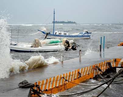 Grace se degrada pero deja ocho muertos, inundaciones y daños en México