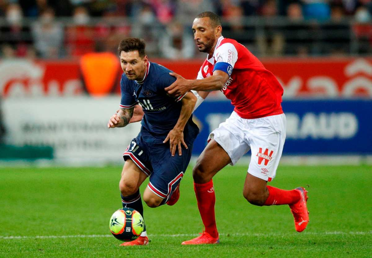 En el debut de Messi el PSG gana 0-2 con doblete de Mbappé