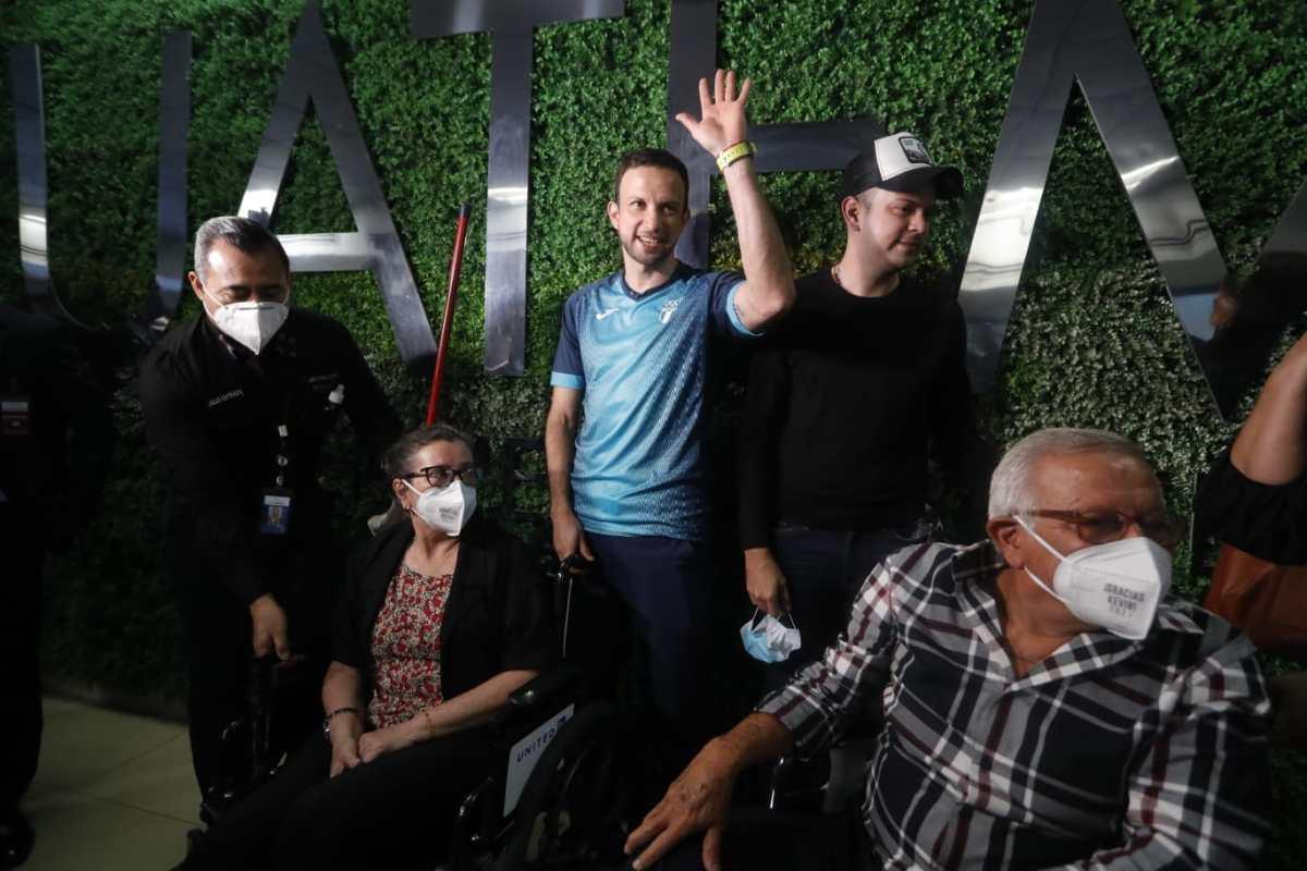"""""""Lo mejor que pudo pasarme es ganarme el cariño de los guatemaltecos"""", dice Kevin Cordón en su regreso triunfal al país"""