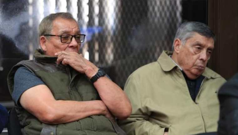 Benedicto Lucas (Izq.) y Manuel Callejas son señalados por genocidio y delito contra la humanidad. (Foto Prensa Libre)