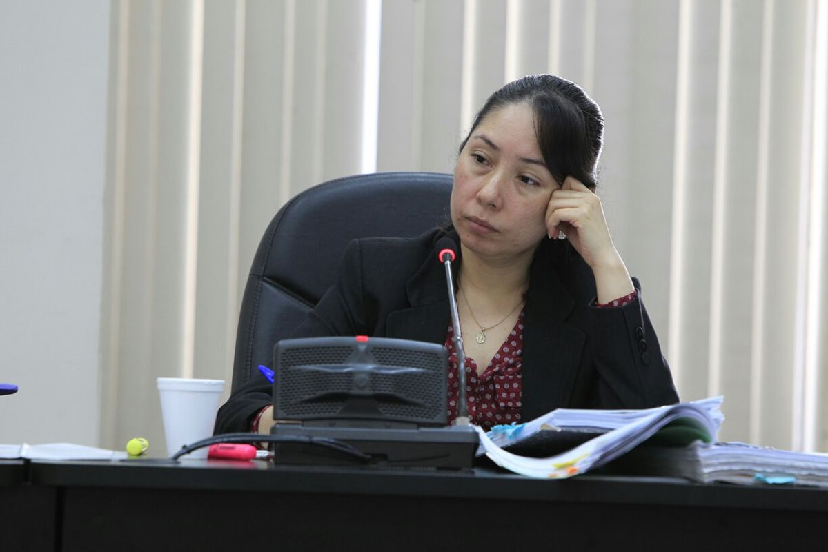 Jueza Erika Aifán recibe revés de la CSJ que rechaza recusaciones contra tres magistrados