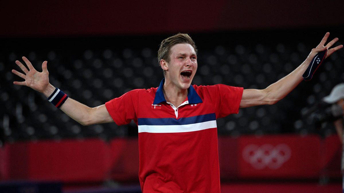 La medalla de oro en bádminton fue para el danés Viktor Axelsen, verdugo de Kevin Cordón en las semifinales