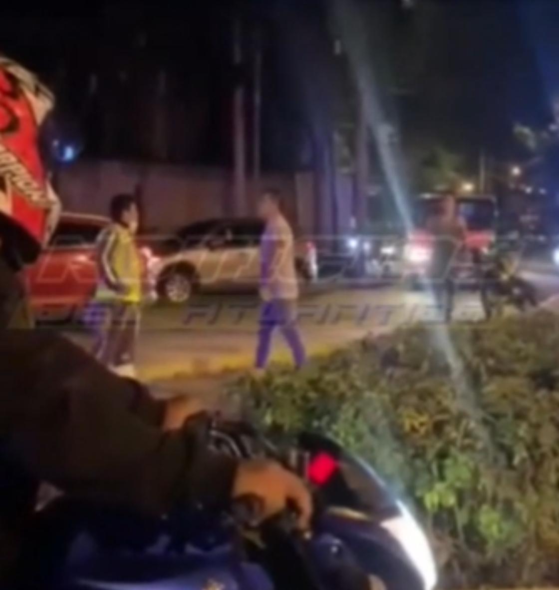 Video: Grupo de hombres armados agrede a un agente de la PMT capitalina
