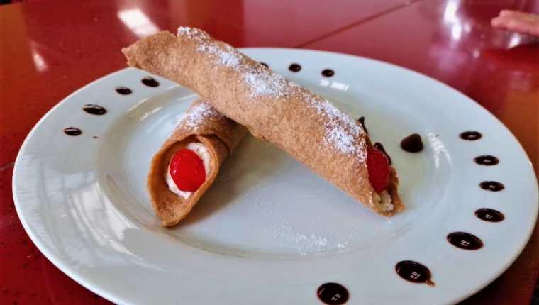 Receta para preparar los cannoli, un exquisito postre italiano