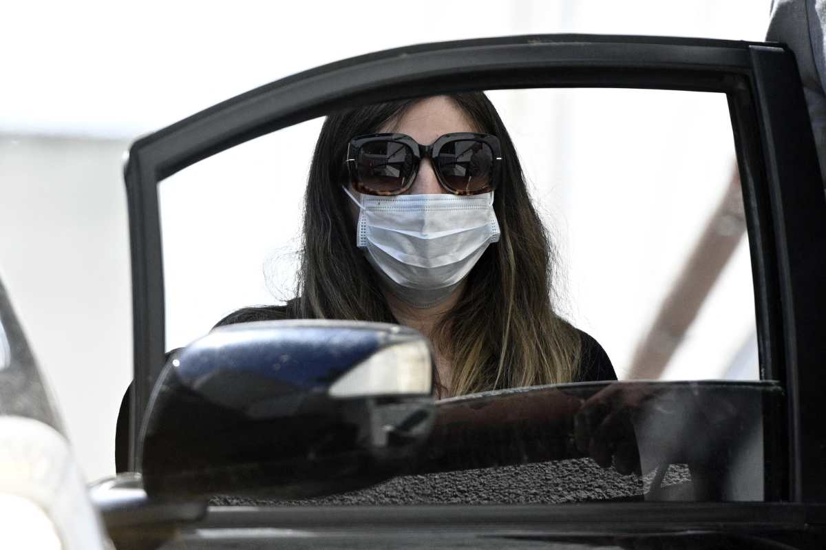 Las hijas de Maradona niegan cargos en disputa con abogado del exfutbolista
