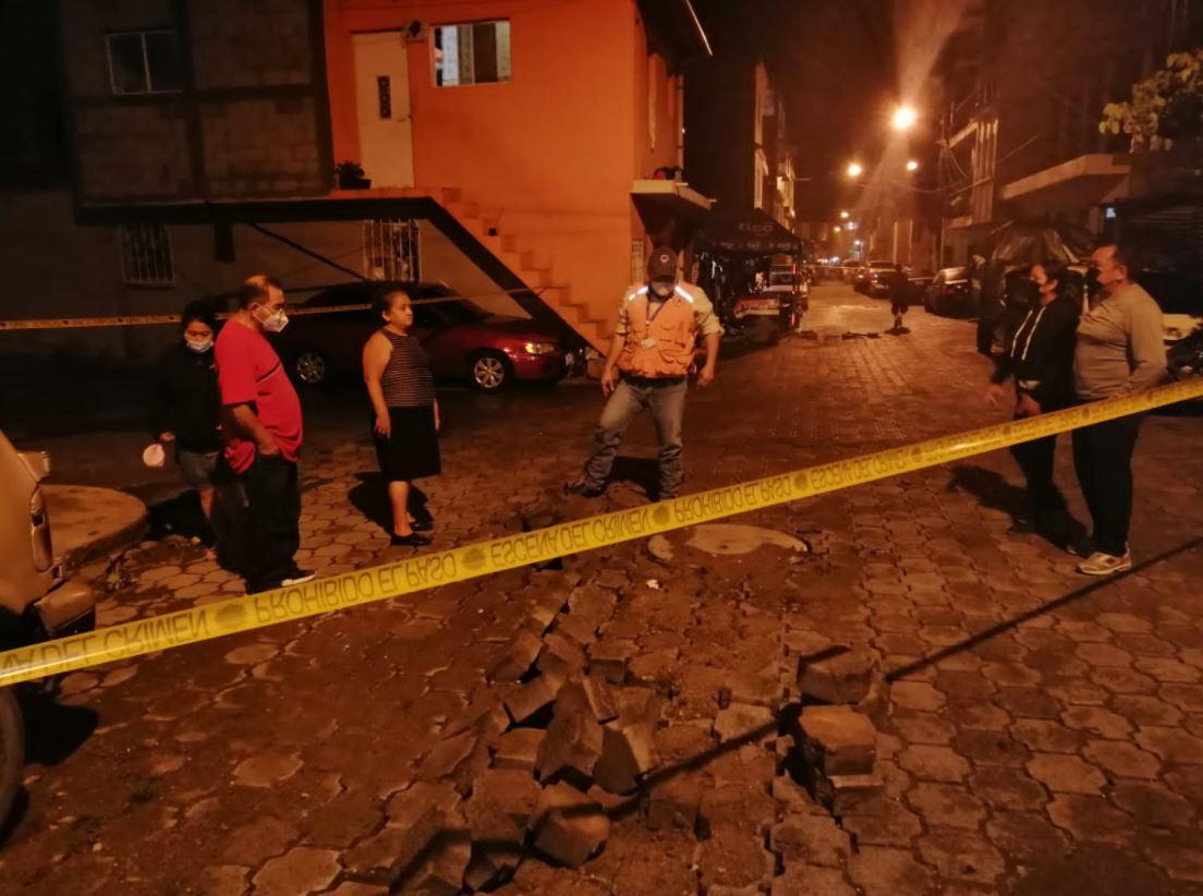 Lluvia de las últimas 24 horas deja más de 17 mil personas afectadas por derrumbes, inundaciones y hundimientos