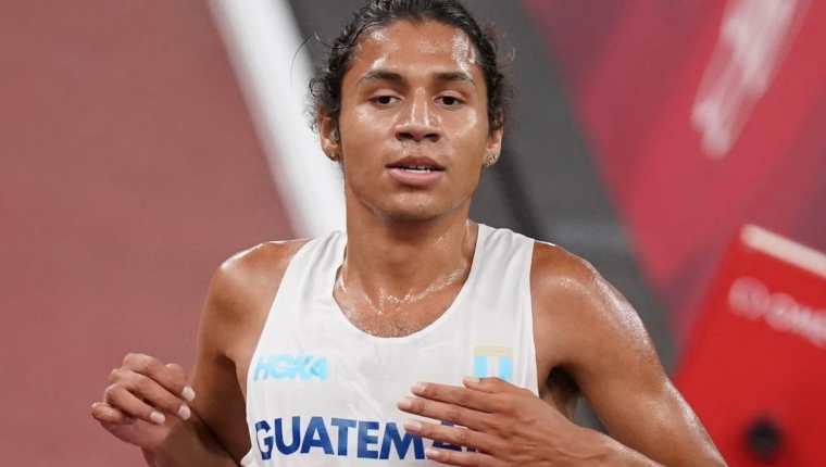 Luis Grijalva impuso un nuevo récord nacional y centroamericano después de su participación en los 5000 metros de Tokio 2020. Foto COG.