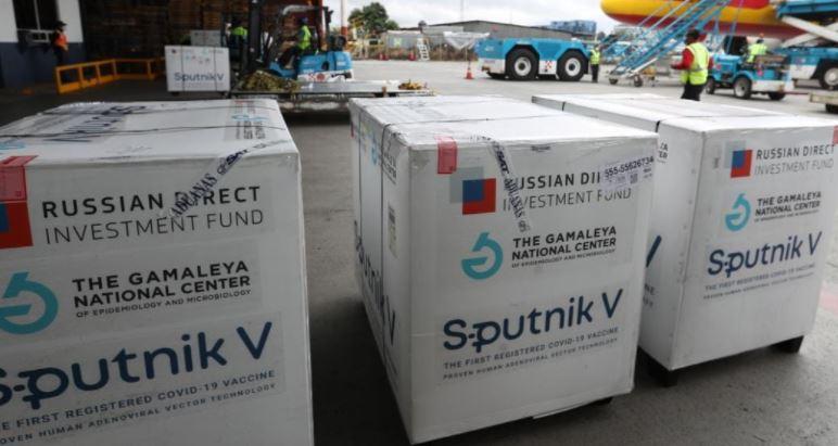 Viceministros de Salud afirman desconocer cronograma de entrega de dosis de vacuna rusa