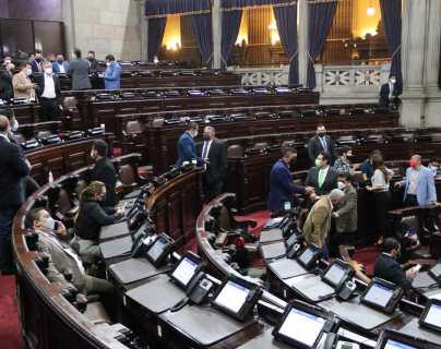 Congreso propone al Ejecutivo toque de queda a partir de las 18 horas