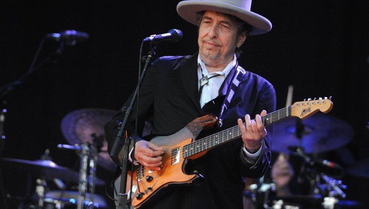 Bob Dylan fue acusado de abusar sexualmente de una niña de 12 años en 1965 (las drogas, el alcohol y las amenazas de violencia física)