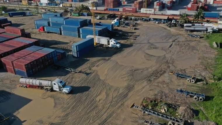 La junta directiva de Empornac rechazó la solicitud de arrendamiento para la construcción de una terminal de granel sólido en el sector conocido como el Arenal. (Foto Prensa Libre: Hemeroteca)