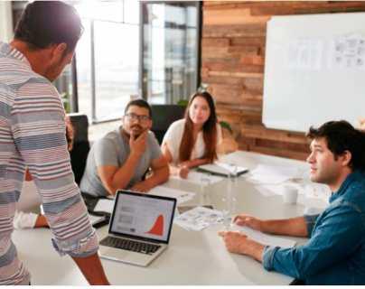 Estos son los tres programas a los que podrán aplicar emprendedores para obtener becas de estudio y capital semilla