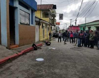 Destrozan la Gobernación Departamental de San Marcos durante protesta para exigir renuncia del presidente y la fiscal general