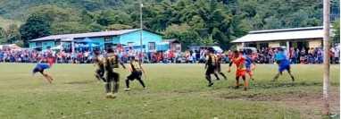 Walter Chávez anotó un golazo en la final de un torneo rural en San Pedro Carchá, Alta Verapaz. Captura de pantalla.