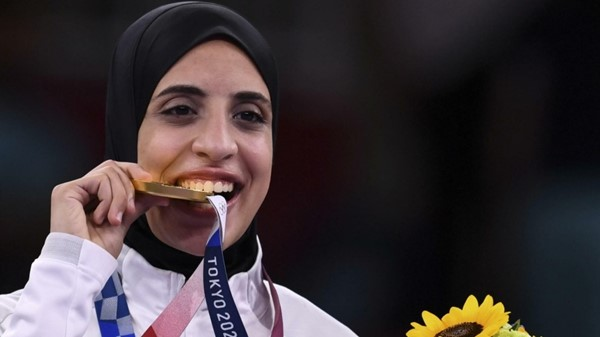 Feryal Ashraf es la primera mujer egipcia que logra una medalla de oro. Foto Prensa Libre.