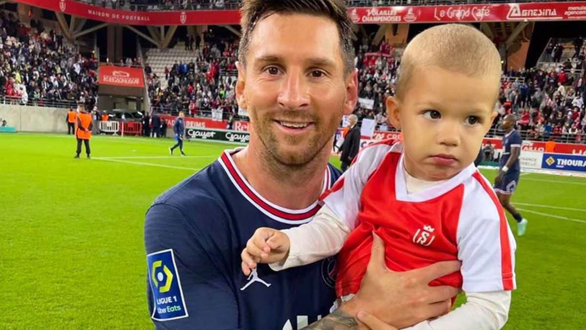 El portero del Reims le pidió a Lionel Messi una foto con su hijo en su debut con el PSG