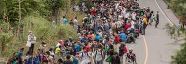 Caravana de migrantes que van rumbo a Estados Unidos, a su paso por Guatemala. (Fpto Prensa Libre: HemerotecaPL)