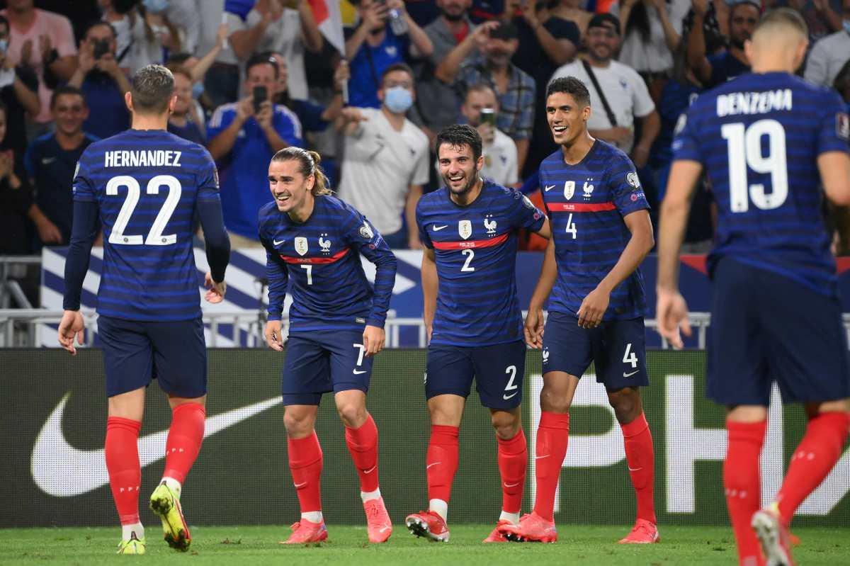 Francia vuelve a sonreír ante Finlandia después de una gran exhibición de Antoine Griezmann y Karim Benzema