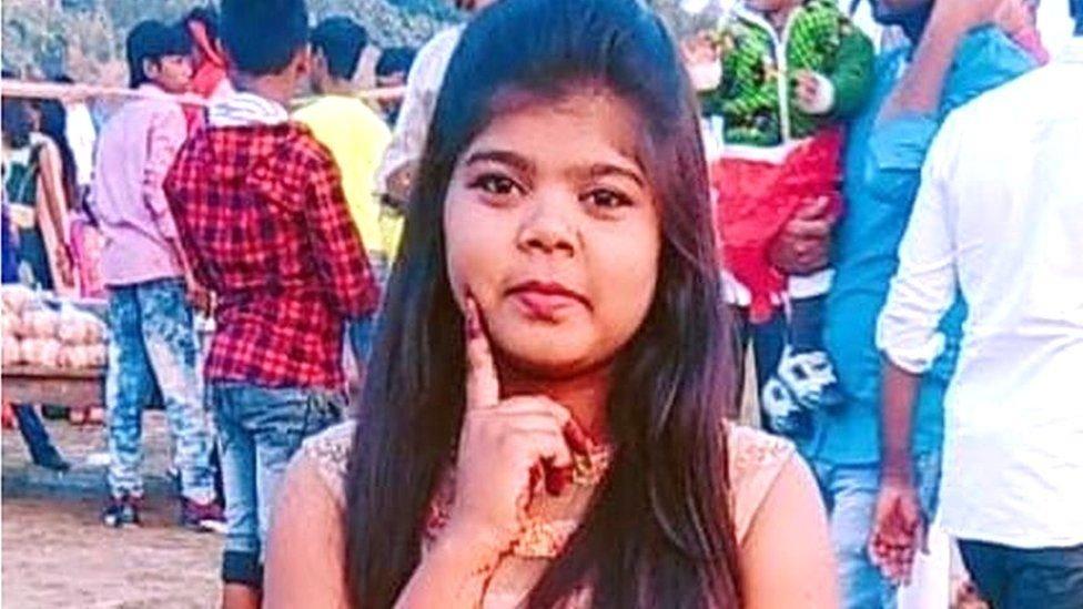 La joven que fue asesinada por usar unos jeans