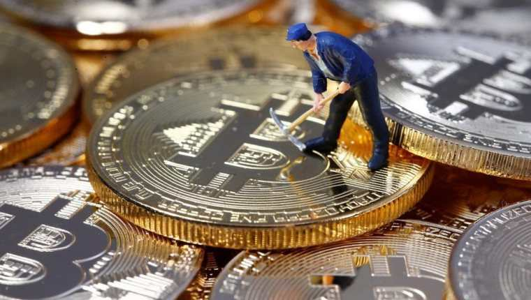 """los """"menores"""" Las empresas de Bitcoin están buscando urgentemente un nuevo centro para establecer su negocio.  Reuters"""