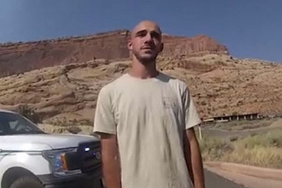 Gabby Petito: emiten orden de arresto contra Brian Laundrie, el novio de la joven que fue hallada muerta en un parque natural de EE.UU.