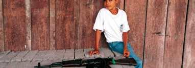 Se estima que durante el conflicto la menos unos 19.000 menores de edad fueron reclutados por grupos armados ilegales, en especial por las FARC. Getty Images