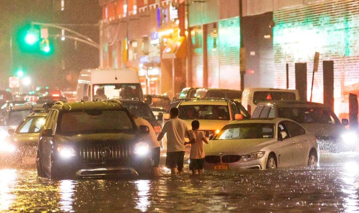 Muertos, inundaciones y peligro: las imágenes que muestran el brutal paso de Ida por Nueva York