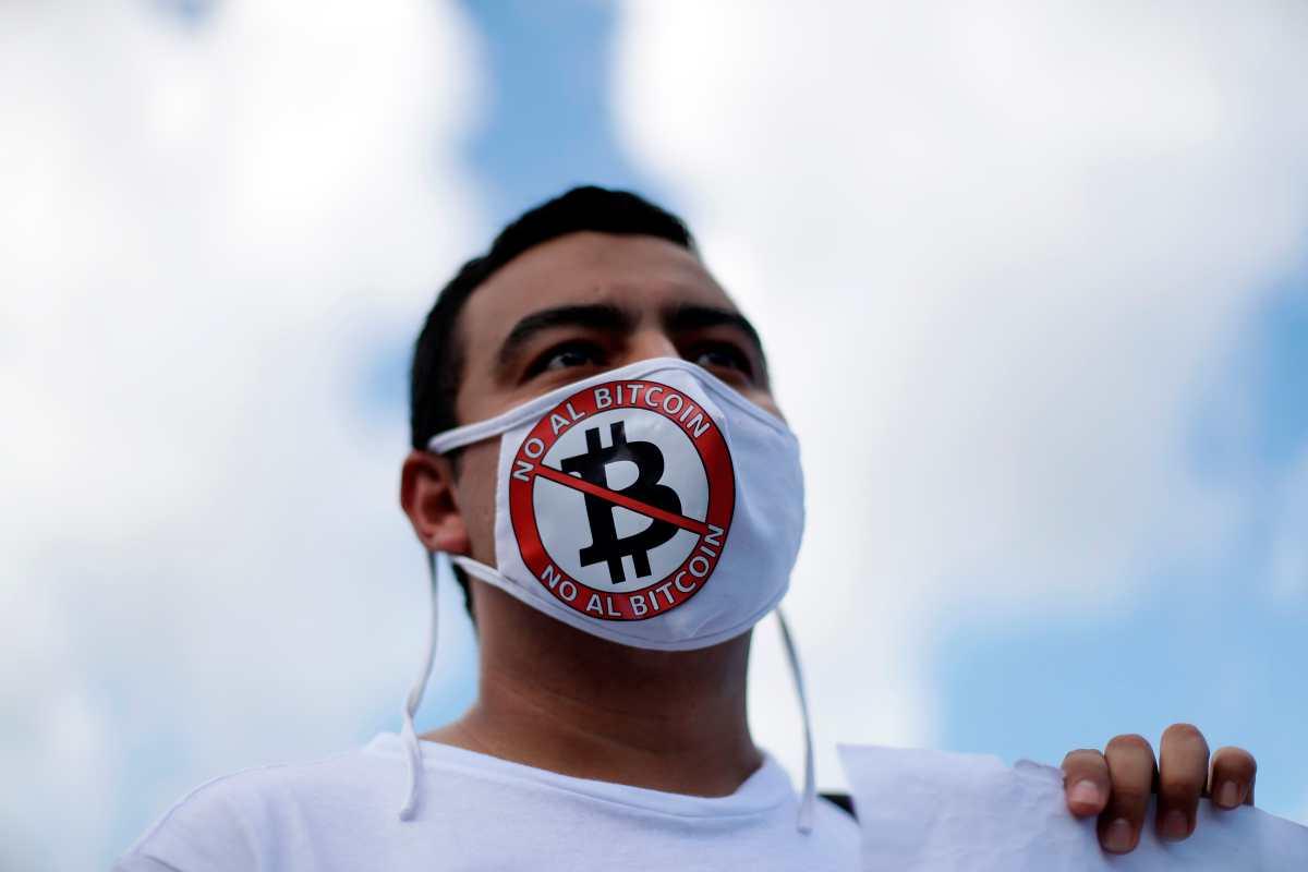 El fin de semana anterior hubo una concentración contra el bitcóin. Foto: EFE