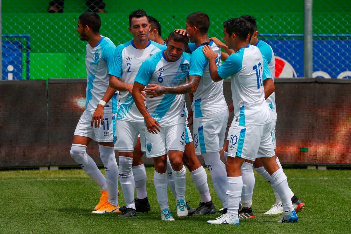 La Selección de Guatemala jugará otro amistoso ante El Salvador; mientras, seguirá escuchando a los candidatos para dirigirla