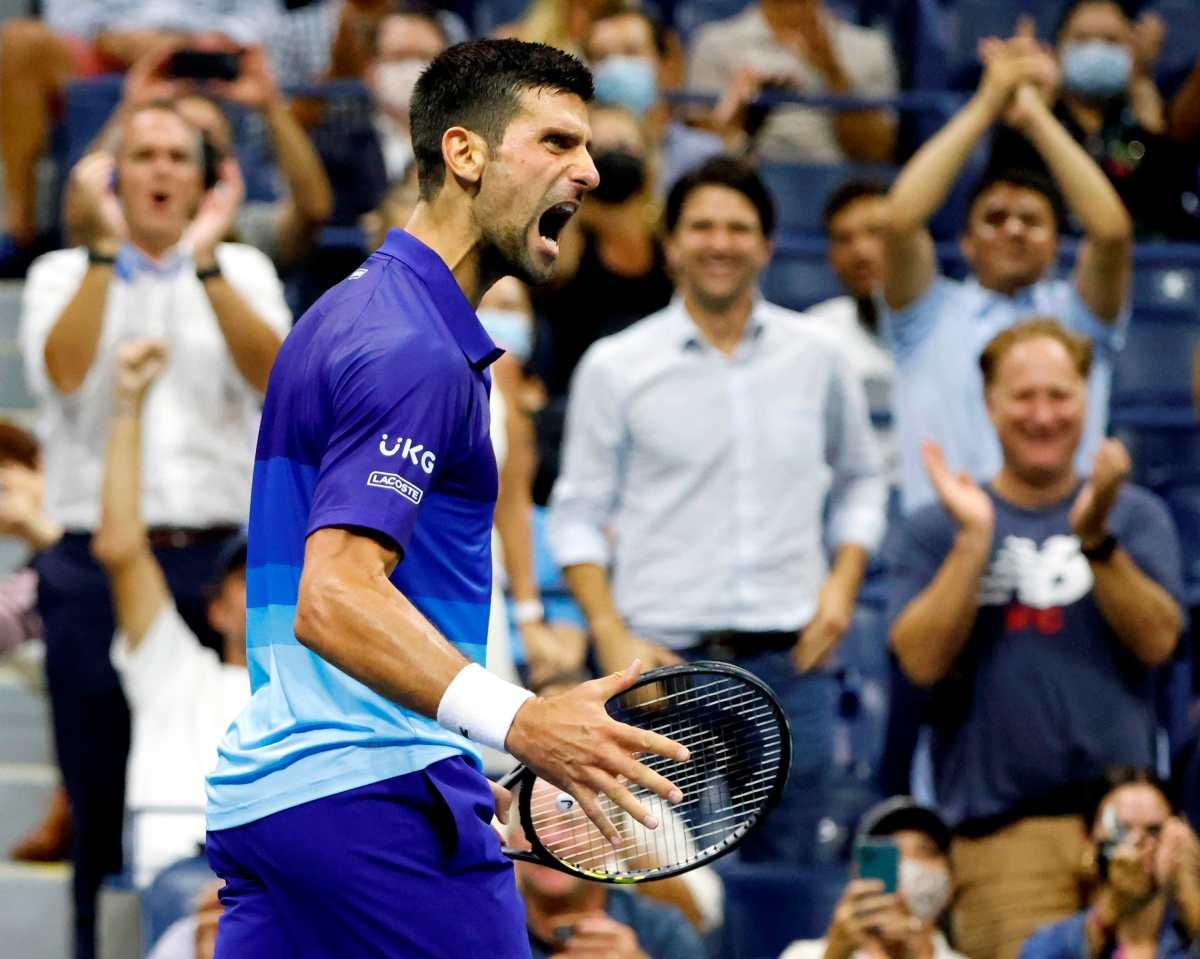 Novak Djokovic sigue destrozando a rivales, el último, Berrettini; le espera Alexander Zverev