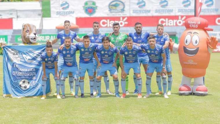 Este fue el cuadro titular de Santa Lucía Cotzumalguapa. Los lucianos le ganaron 2-0 a los cremas en su estadio. Foto Santa Lucía Cotz oficial.