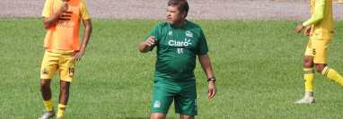 Daniel Guzmán en una de las prácticas del Deportivo Guastatoya. Este martes 21 de septiembre se enfrentarán a la Liga Deportiva Alajuelense de Costa Rica. Foto CD Guastatoya.