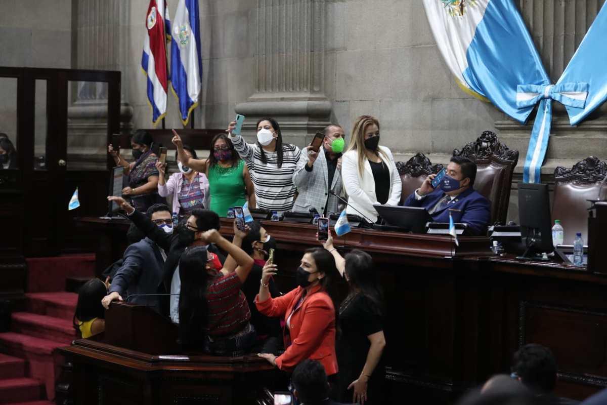 Acción Ciudadana interpone denuncia contra el presidente del Congreso por supuesta compra de votos