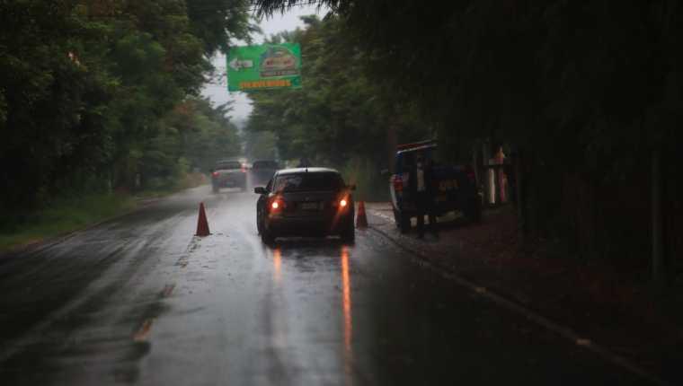 Uno de los puestos de control en cercanías de Esquipulas. (Foto Prensa Libre: Carlos Hernández)