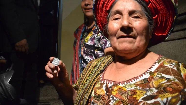 Fallece en Santiago Atitlán Concepción Ramírez, el rostro de la moneda de Q0.25