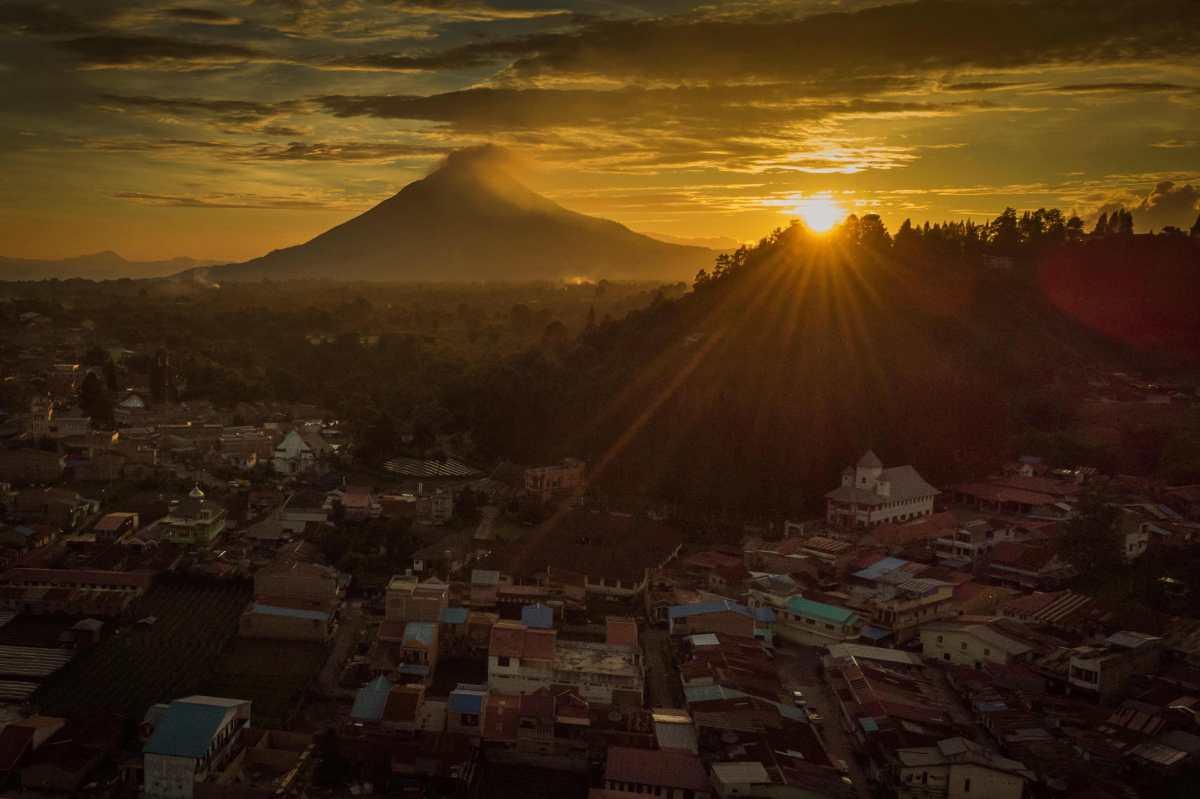Tras varias investigaciones, en España descubren cómo es el interior de un volcán que data de hace más de 3 millones de años.