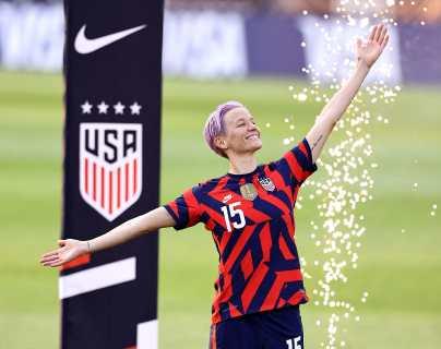 La Federación de Futbol de EEUU ofrece trato salarial idéntico en las selecciones masculina y femenina