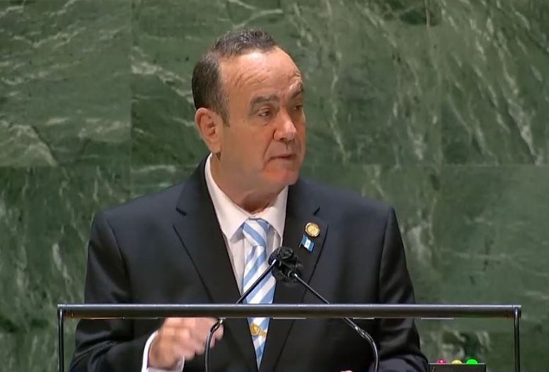 """Giammattei aboga ante la ONU por vacunas, lucha contra el narcotráfico y dice que la ayuda de países debe ser """"sin condicionantes"""""""