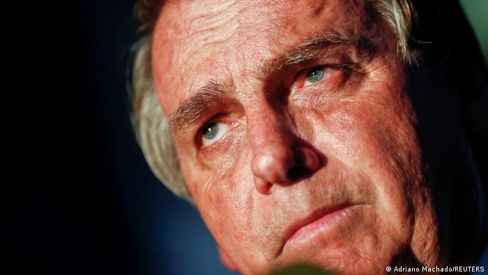 Brasil: Jair Bolsonaro prohíbe a redes sociales quitar contenidos