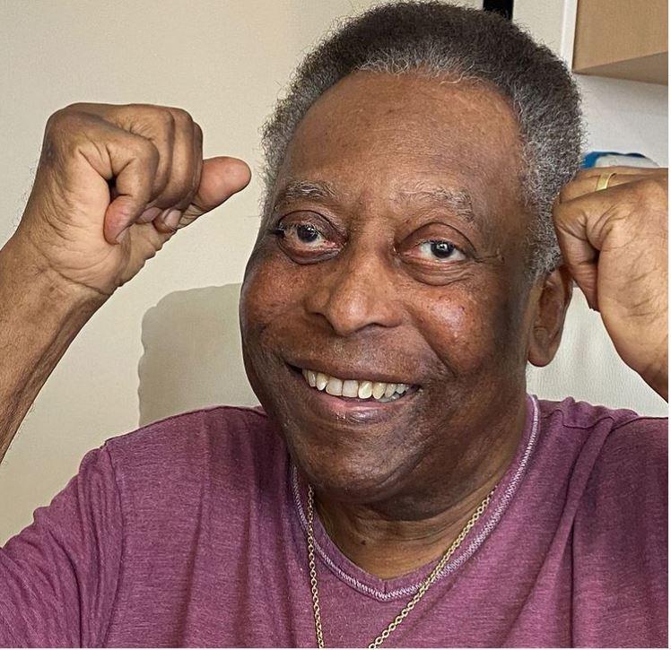 Pelé recibe el alta médica tras la extracción de un tumor y seguirá la recuperación en casa